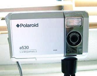 polaroidA530