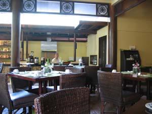 ASYA朝食レストラン