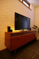TVボードの間接照明