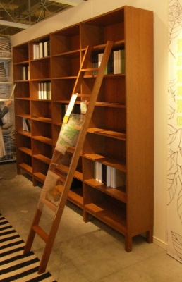 IKEAのストックホルムシリーズ本棚