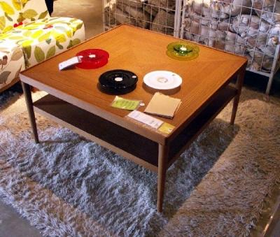 IKEAのストックホルムシリーズコーヒーテーブル