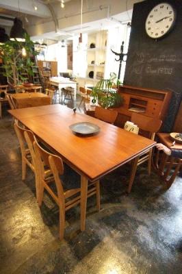 karfドローリーフテーブル