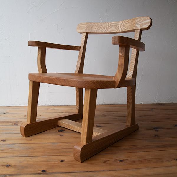 座椅子(肘掛け付き)写真3