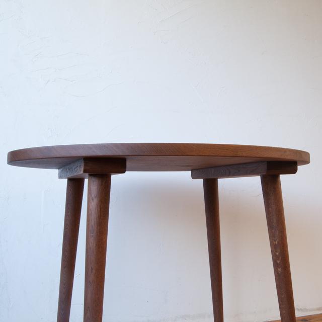 楕円テーブル写真3
