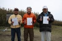 ミニクラス入賞者(左から2位豊山さん、中村さん、菅野さん)