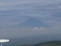 後ろの富士山を拡大