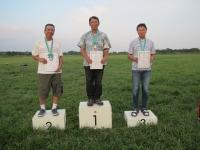 2mクラス優勝の遠藤さん、2位の加藤さん