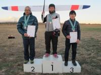 第3戦入賞者(2位川村選手、優勝尚人選手、3位鈴木選手)