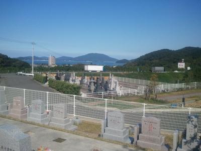 墓域より海を望む11月8日撮影