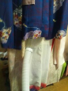 プラズマクラスター布団乾燥機で着物お手入れ