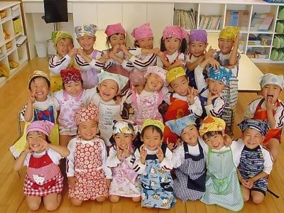 12-4 ☆おまけ☆みんなで作った後に集合写真を撮りました?みんなとってもいい笑顔です(^^)クッキー作り楽しかったね?.JPG