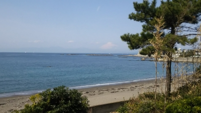 美術館前、一色海岸.JPG