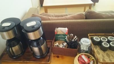 禅の湯ロビーのコーヒー.JPG