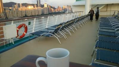 海を見ながらコーヒー.JPG