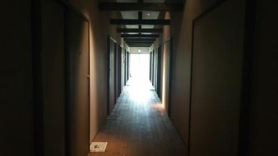 アクアイグニス廊下.JPG