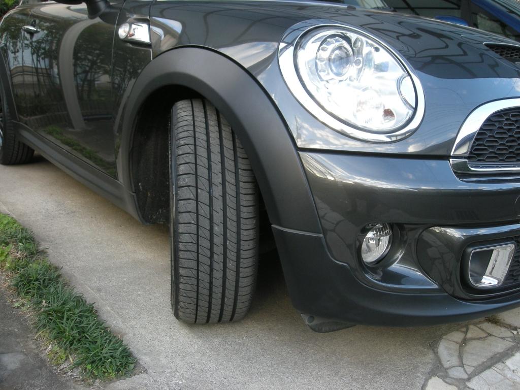 ミニクーパーS タイヤ交換
