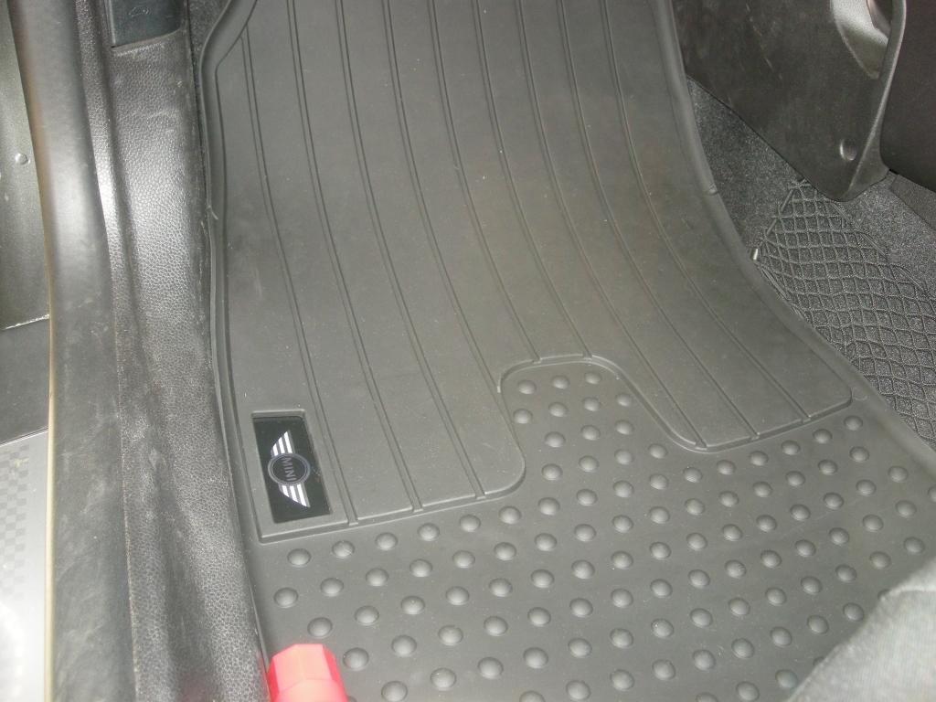 R56ミニクーパー ラバーマットセット(フロント)