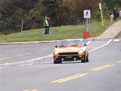 公道を走るレース「タルガ」