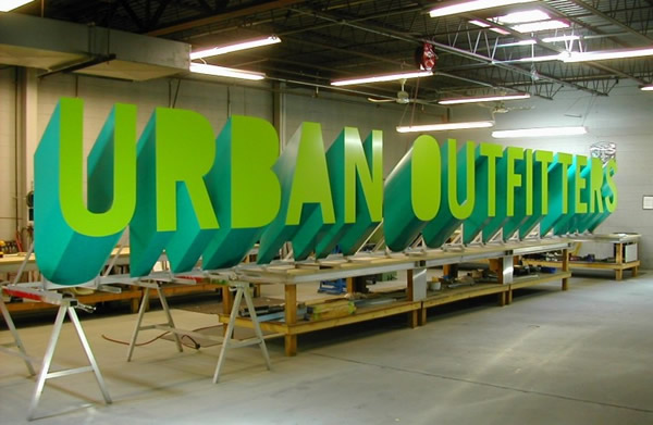 urban-outfitters-shop.jpg