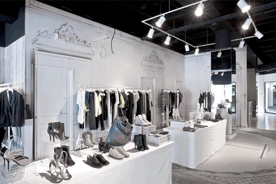 Maison-Martin-Margiela-Miami-Image-courtesy-of-Bill-Wisser.jpg
