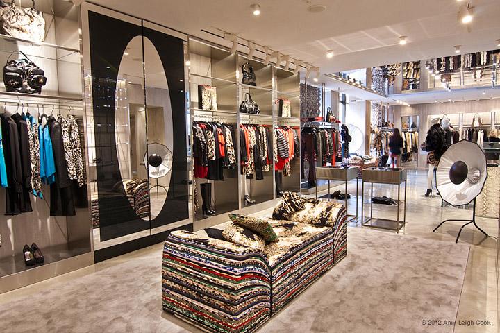 JUST-CAVALLI-flagship-store-Milan-07.jpg