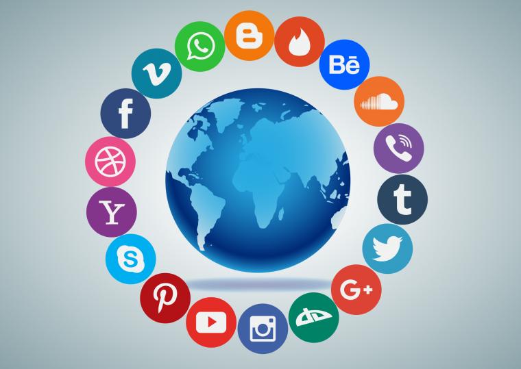 social-media-1405601.png