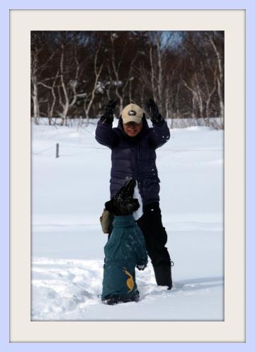 P1291171雪遊びan&papa.jpg
