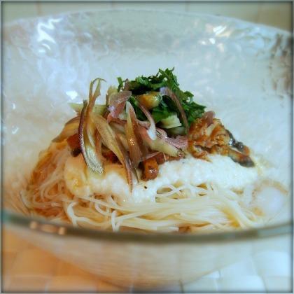 0831ウナとろ素麺.jpg