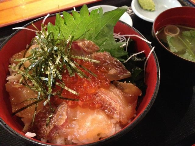 岩山海 鯛づけ丼