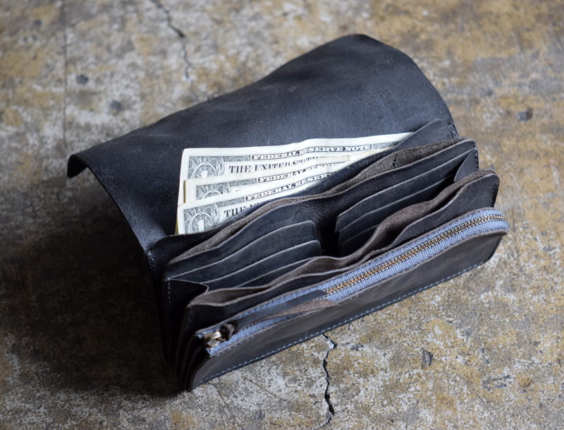1.Washed-Leather-Long-Wallet-06.jpg