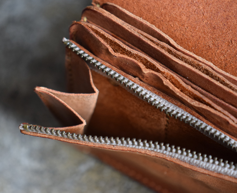 1.Washed-Leather-Long-Wallet-14.jpg