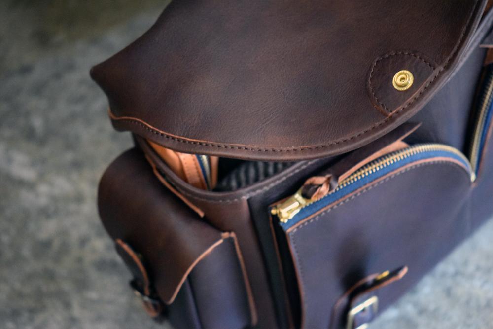 Gadget-Bag-L13.jpg