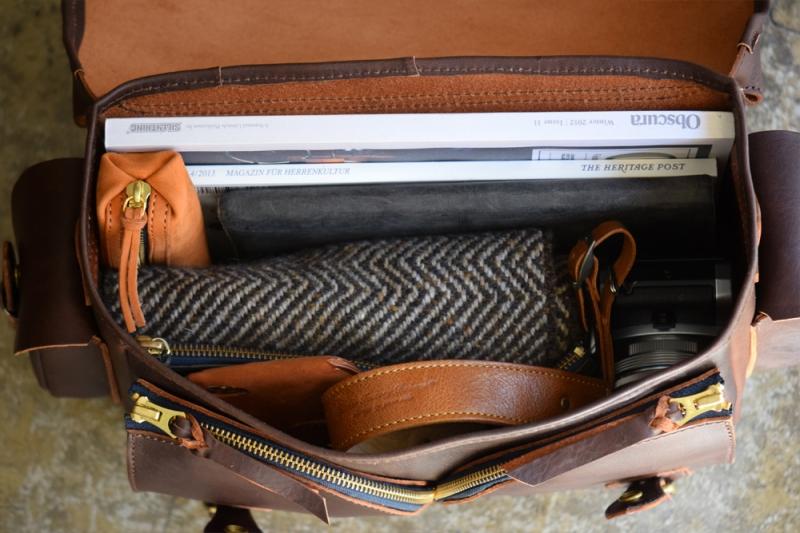 Gadget-Bag-L14.jpg