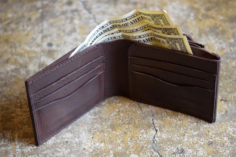 011roberu.wallet07.jpg
