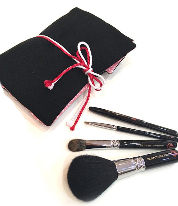 高機能・高品質の美寿筆(びじゅうふで)。お祝いの品にもどうぞ。