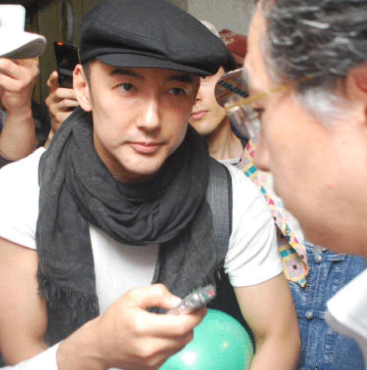 山本太郎、中核派の北九州瓦礫受入妨害デモ前進社