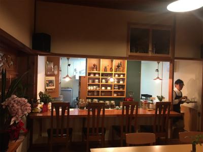今治オオカミ珈琲の店内写真