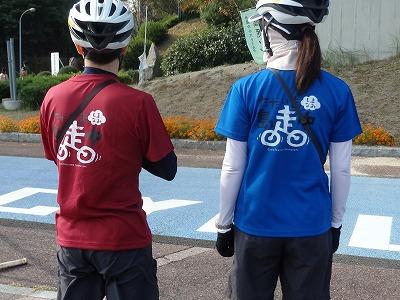 しまなみサイクリング定番の「島走Tシャツ」