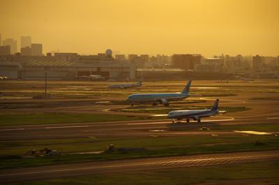 haneda airport.jpg