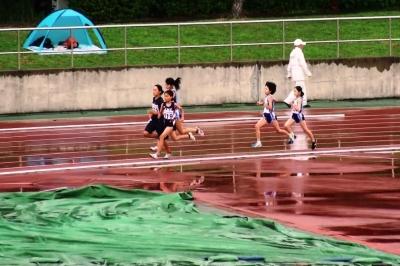 中1女子800m