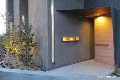 2_建物入口.JPG