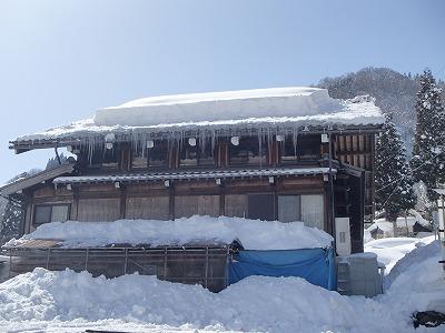 s-雪おろす人.jpg