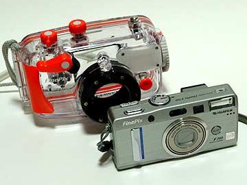 コンパクトデジカメF700