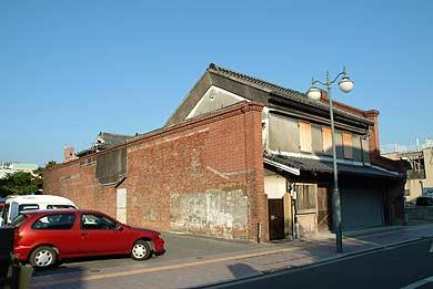 西村家(旧清永家)の西側