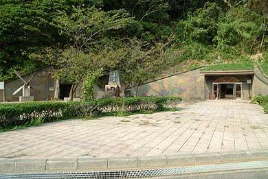 丹賀砲塔の入口