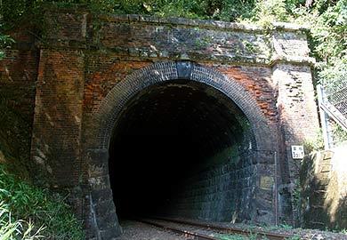 宮松トンネル