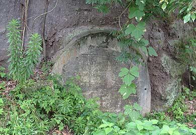 宝珠山炭坑 二坑跡脇の遺構