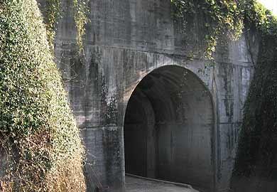 田崎橋梁 北側