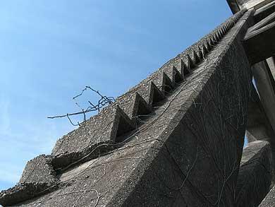三菱古賀山炭鉱 竪坑櫓 小さな階段