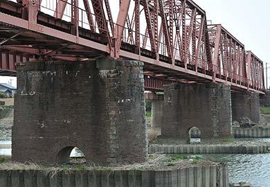 菊池川に架かる高瀬川橋梁